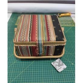 Caja Costura 75037